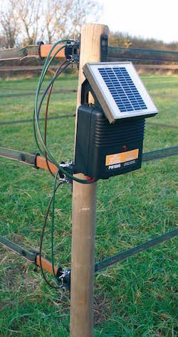 solar_fence_charger-copie